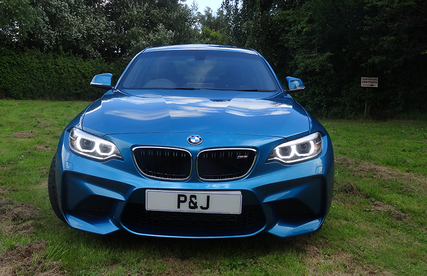 Mobile PPF fitting BMW M2